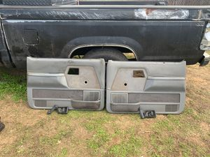 Photo Door panels with window cranks and door handles for 89 Ford Ranger