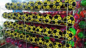 ZEMAX SOCCER BALLS for Sale in Scottsdale, AZ
