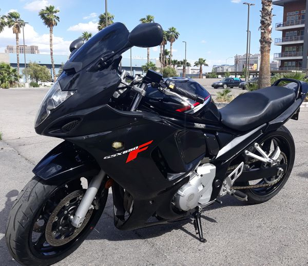Sell suzuki gsx650f 2008 clean title, very good conditions.