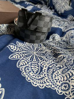 Loui Vuitton belt size 32-36 Thumbnail