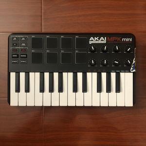 Akai MPK Mini Laptop Production Keyboard for Sale in Gardena, CA