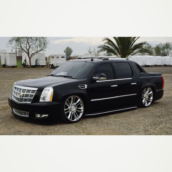 2007 Cadillac Escalade Ext For Sale In Los Angeles, CA
