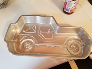 Jeep cake pan for Sale in Springfield, VA