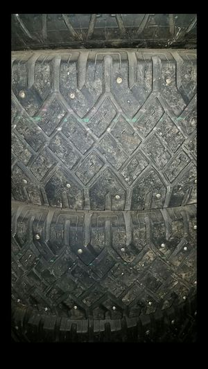 4 studded snow tires for Sale in Marysville, WA