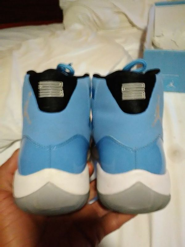 7f191f08aa1f89 Jordan Pantone 11s for Sale in Akron