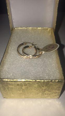 10 karat gold earrings Thumbnail