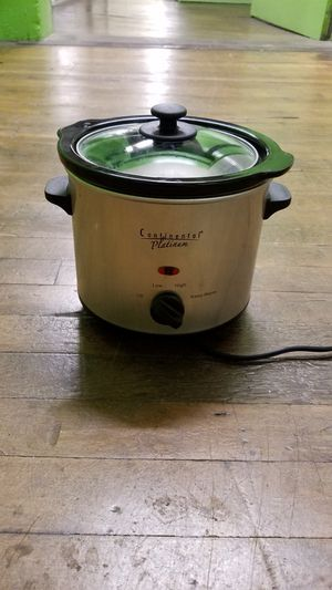 Small 1.5 at Crock Pot for Sale in San Diego, CA