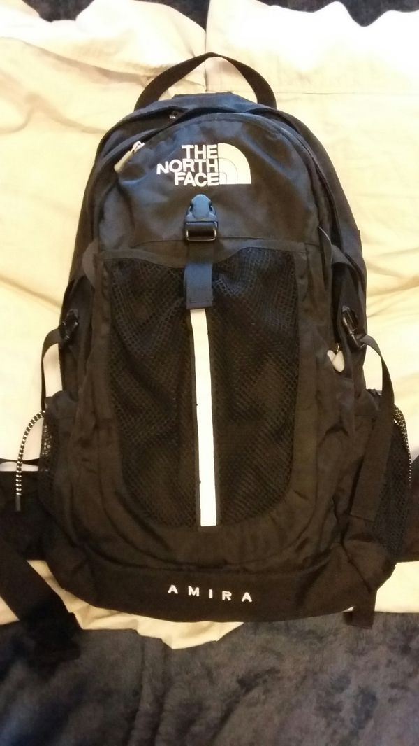 d49a8c8f1 Like new, North Face Amira Backpack for Sale in Chicago, IL - OfferUp