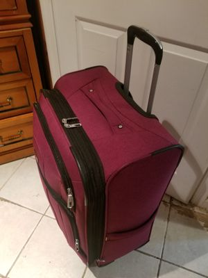 2 suitcases for Sale in Chillum, MD