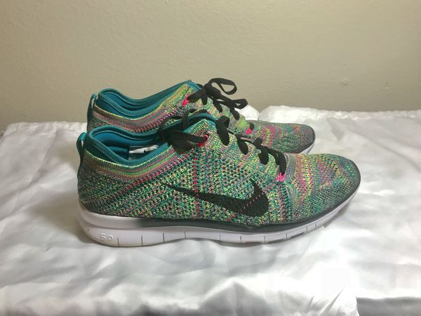 new concept 20634 fbb53 Women s Nike Free TR 5.0 Flyknit Training Shoes size 8