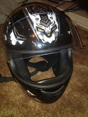 Motorcycle helmet with Dragon graphics for Sale in Detroit, MI