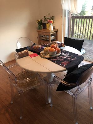 Drop Leaf Table 42' for Sale in Olney, MD