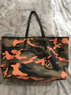 13f56e942275 New and Used Michael Kors for Sale in Durham, NC - OfferUp