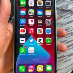 iPhone 11 - unlocked To Any Carrier Thumbnail
