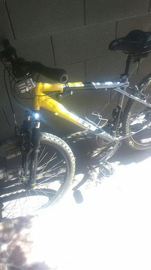 Gt mountain bike for Sale in Phoenix, AZ