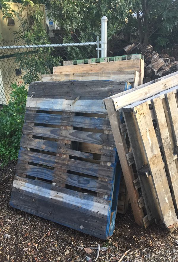 Wood pallets for Sale in Rancho Santa Fe, CA - OfferUp