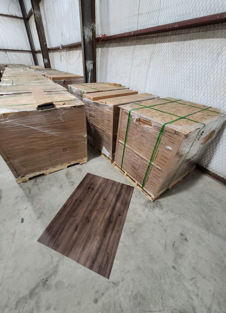 Luxury vinyl flooring!!! Only .67 cents a sq ft!! Liquidation close out! QMS4Z