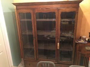 Antique China cabinet for Sale in Atlanta, GA