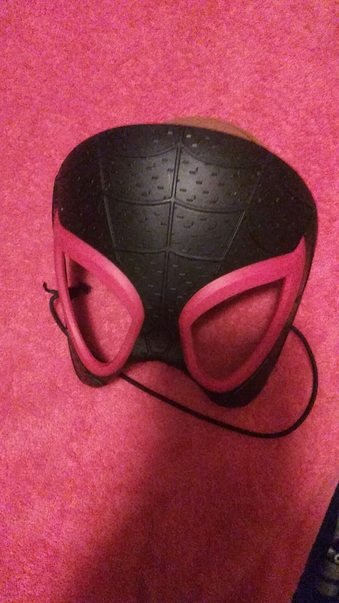 Spider-Man into Spiderverse mask
