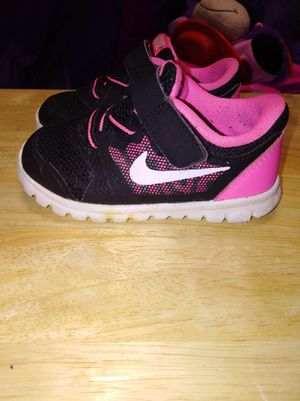Nike toddler shoes size 6 for Sale in Sharpsburg, MD