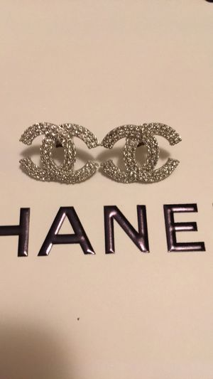 New chanel diamond earrings serious buyers only for Sale in Orlando, FL
