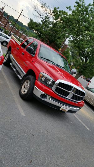 Truck. Dodge ram 2006 millas. 124000 for Sale in Washington, DC