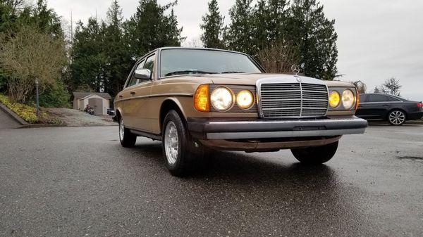 Mercedes w123 turbo diesel 1984year for Sale in Mount Vernon, WA