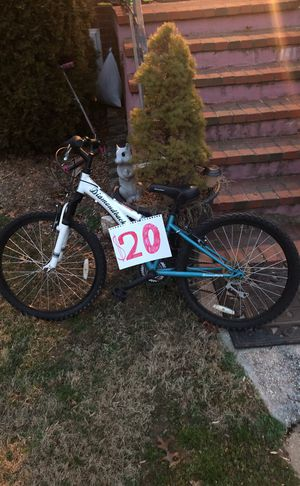 Diamond mountain bike (12 inch frame) for Sale in Falls Church, VA