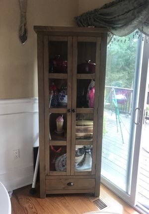 Brand New Cabinet For In Hartford Ct