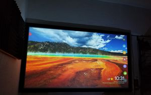 "QualGear 92"" High Contrast Grey Fixed Frame Projector Screen for Sale in West Hollywood, CA"