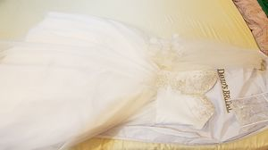 Wedding dress for Sale in Colesville, MD
