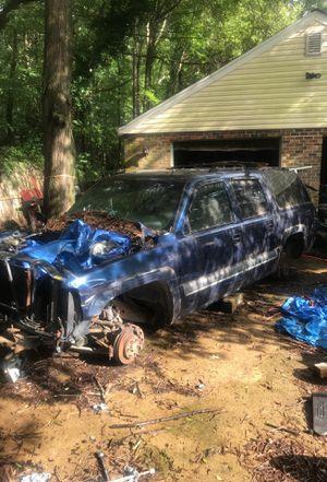 2003 Chevy Suburban parts truck for Sale in Richmond, VA
