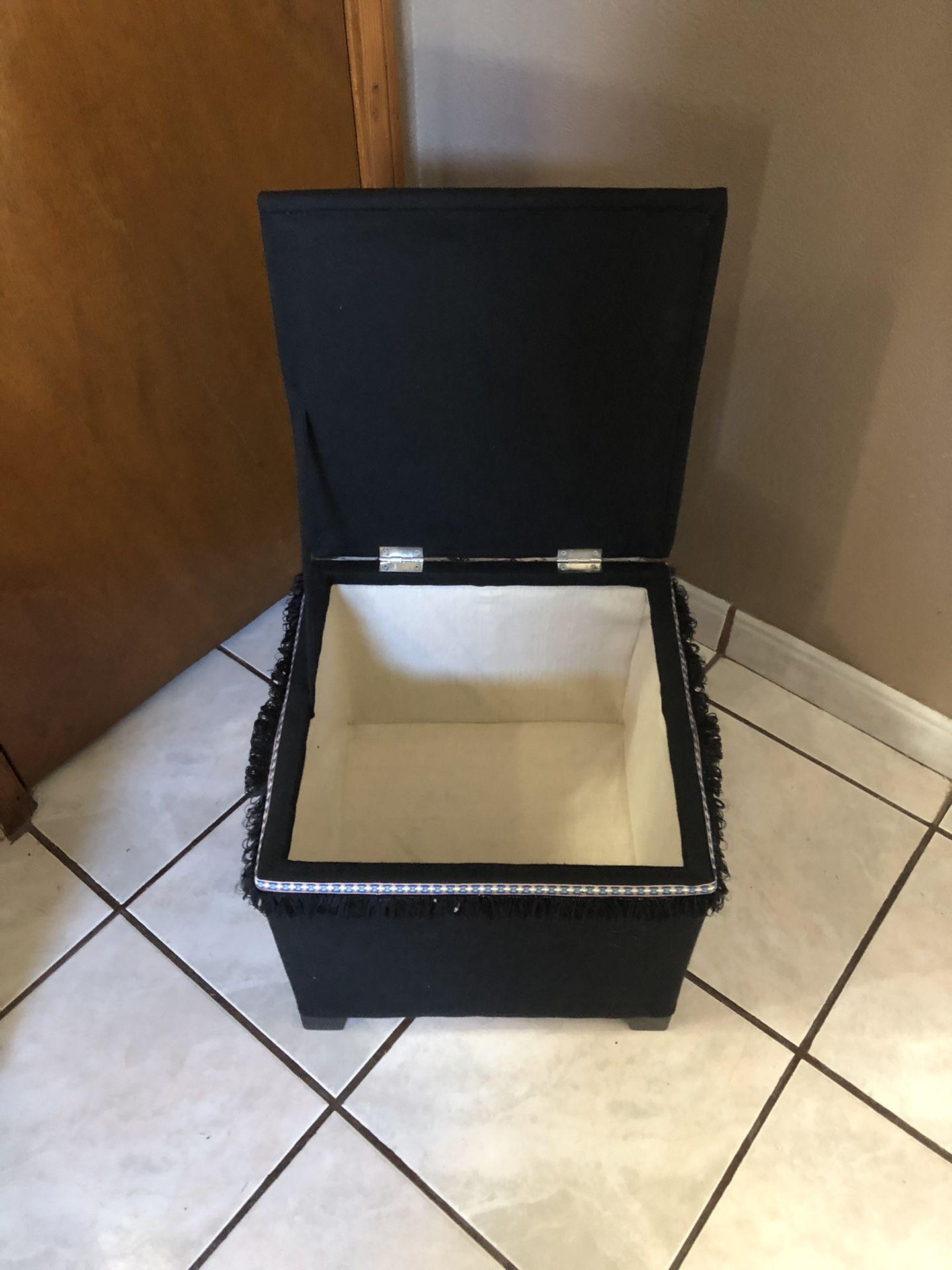 Brand new Storage box/seat