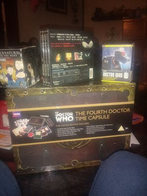 Photo Doctor who a set w game dvds and 2 figurines all never open