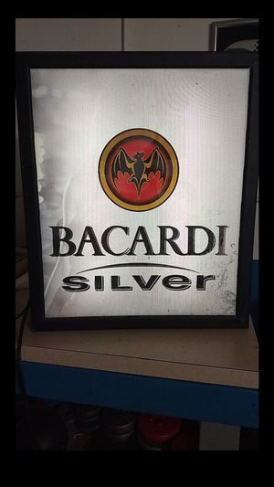 Photo Bacardi Neon Bar Sign changes picture light up