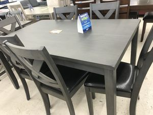 DINNING ROOM SET TABLE AND 6 CHAIRS ON SALE for Sale in Adelphi, MD