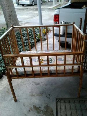 Photo Portable Vintage Baby Crib