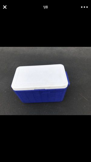 Cooler very good condition for Sale in Long Beach, CA
