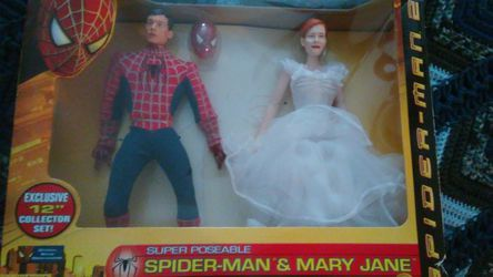 Spiderman and Mary Jane doll Thumbnail