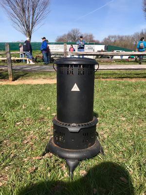 Vintage oil heater for Sale in Glenwood, MD