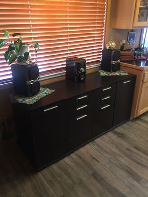 Wood Entertainment Cabinet Good Condition For Sale In Campbell Ca