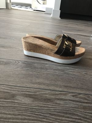 Michael kors sandals size 7,5 for Sale in Vienna, VA