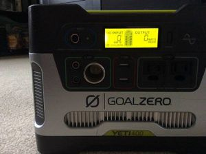 Photo Yeti goal zero 400 portable battery power supply