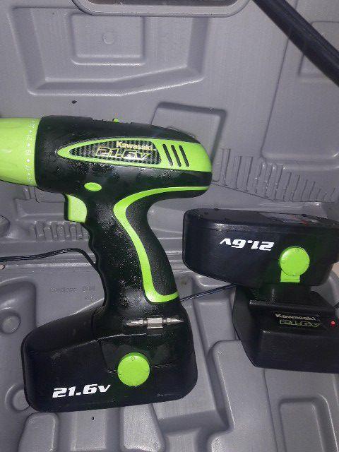 Kawasaki 21.6 v drill (Tools & Machinery) in Tampa, FL - OfferUp