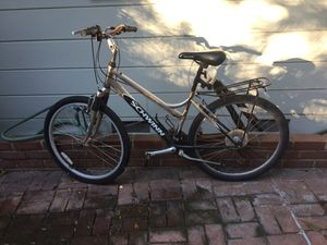 FREE Schwann Hybrid Women's Bike for Sale in Los Angeles, CA