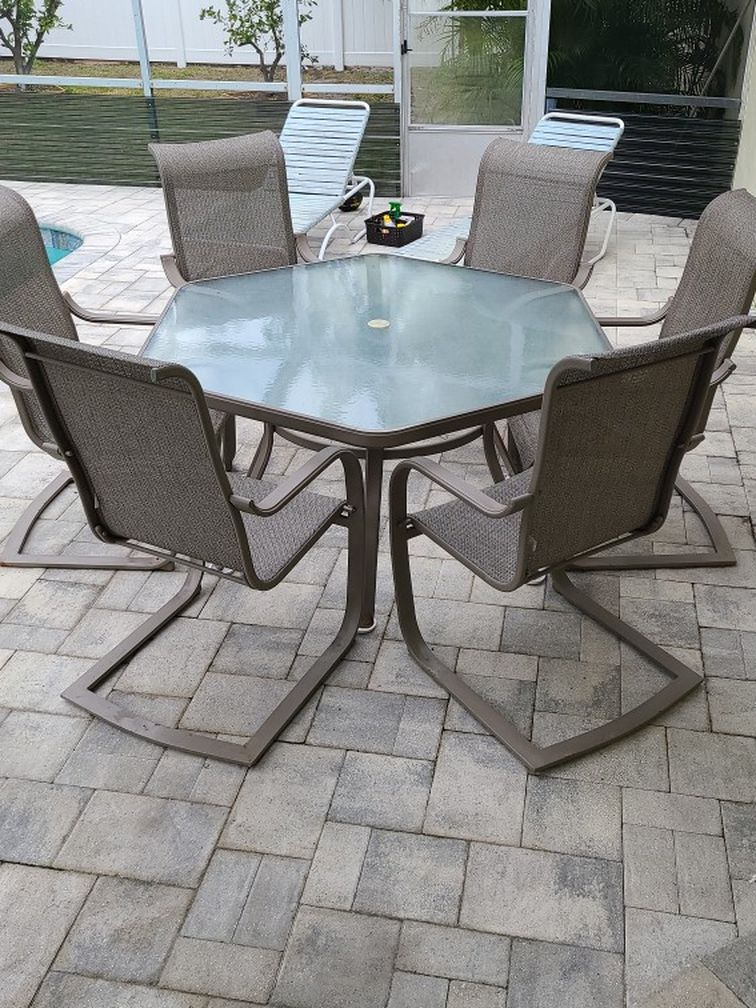 Table With 6 Chairs Included