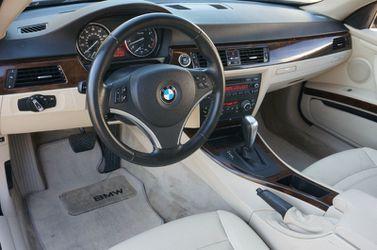 2011 BMW 3 Series Thumbnail
