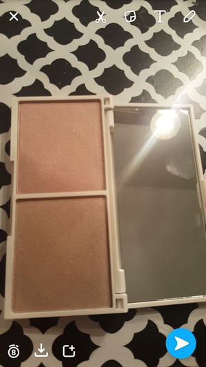 Coach 40$ retails for 60$ Vintage highlighter 15$ retails for 35$ for Sale in Dallas, TX