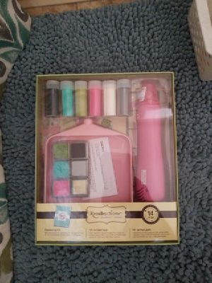 Embossing kit for Sale in Cleveland, OH