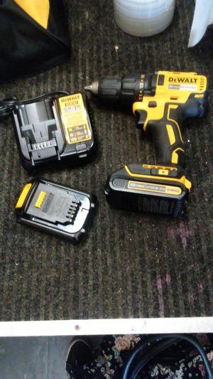 Dewalt 20v max lithium ion brushless drill kit for Sale in Orlando, FL